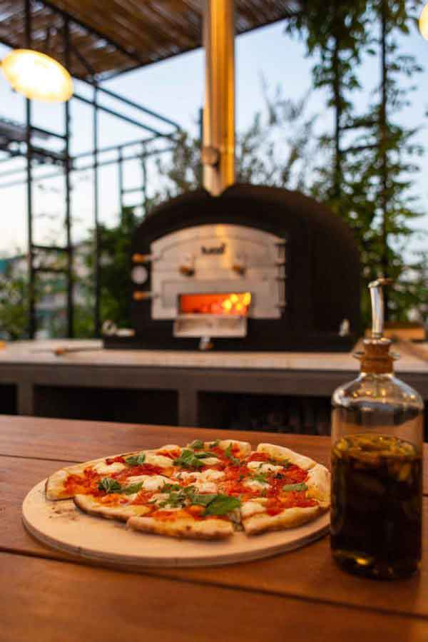 rooftop cocktail pizza bar athens